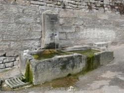Fontaine rue de l'église