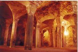 La crypte pré-romane (Xe s.)