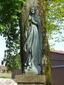 Notre-Dame de la Sauvegarde à Dombrot-le-Sec