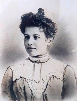 Marie Juge, sa femme