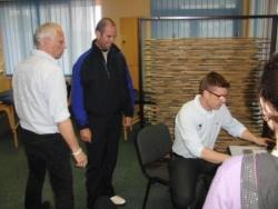 Travail entre les entraineurs et le staff médical