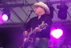 Concert de Doug Adkins le 16 août 2013