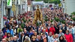 1 : A Valenciennes, le Tour du Saint Cordon