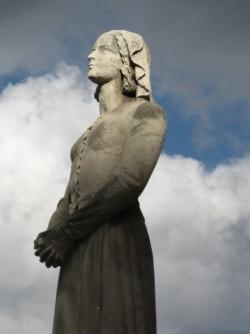 16 mai 1920 : le Pape canonise Jeanne...