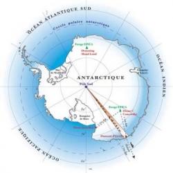 Dumont d'Urville découvre la Terre Adélie...