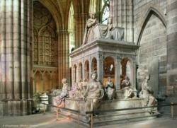 Le tombeau de Louis XII et d'Anne de Bretagne.
