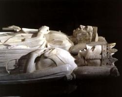 Le gisant de Charles V et Jeanne de Bourbon.