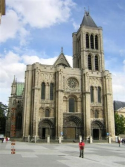 La Basilique de Saint Denis, nécropole royale....