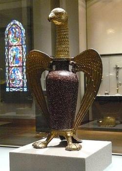 VII : l'Aigle de Suger