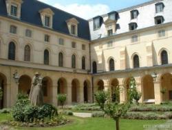 Etudes au Lycée Henri IV.....
