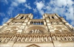 Dedans Paris : Notre-Dame, sentinelle spirituelle.