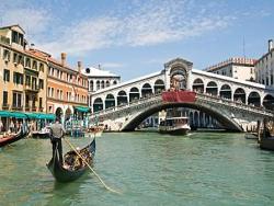 Vers 1896 : en Espagne et à Venise...