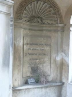 Le tombeau de Mistral: intérieur.