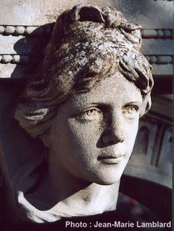 Mireille, par le sculpteur Brouchier