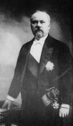 Le président Poincaré vient visiter Mistral...