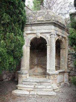Le pavillon de la Reine Jeanne, aux Baux...