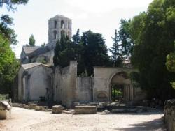 La coumunioun di sant (II): les Alyscamps...