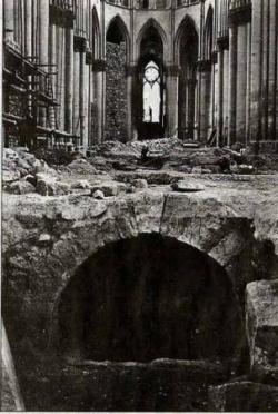 1914, le martyre d'une cathédrale (VII/IX)...
