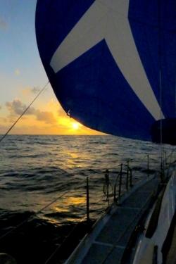 le soleil se couche toujours à l'ouest !