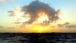et le soleil se lève...