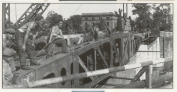 Le pont provisoire 1956