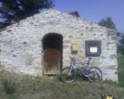 Bâtiments ruraux (environs de St Beauzire, 43)