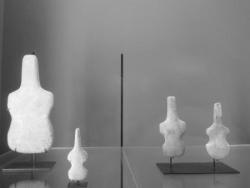 28 Figurine en forme de violon .jpg