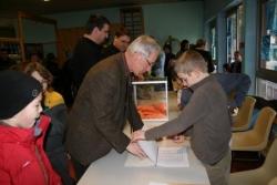 Ouverture de l'urne par le maire