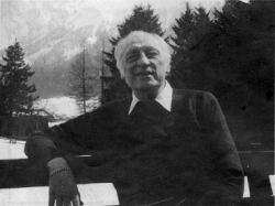 Hans Ruesch (1913)
