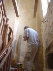 Des palettes transform es en chafaudage et pis beau for Comment repeindre un escalier