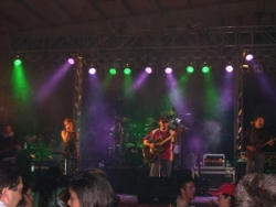 o Banda Kroll en concerto
