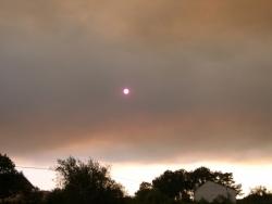Aspecto do sol a causa dos incendios