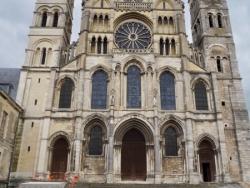 Basilique St Remi et N-D de L'Épine