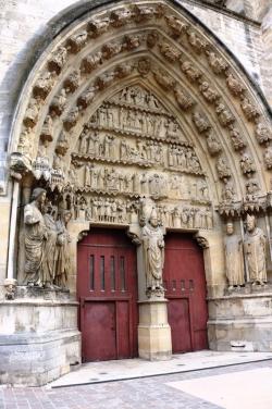 Le portail de Saint Remi
