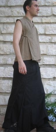 profil jupe-sarouel, top kimono en lin taupe