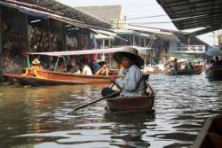 Le marché flottant...
