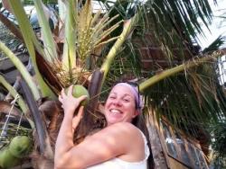 Une noix de coco pour toi Jaja :)