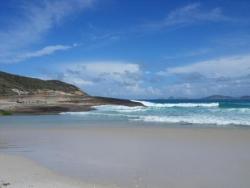 Mer blueue, sable blanc