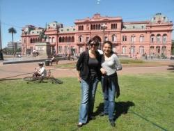 Devant la Casa Rosada