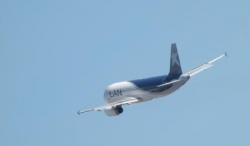 Avion LAN en partance de Newberry