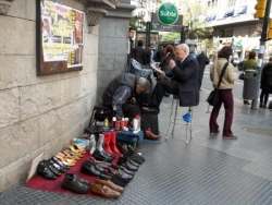 Cireur de chaussures a Buenos Aires
