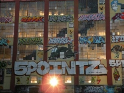 5 pointz - Queens