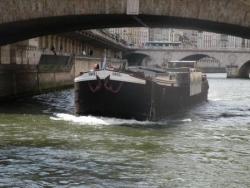 Péniche à Paris