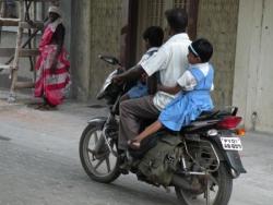 En route pour l'école!