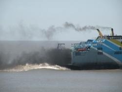 Buquebus, bateau pollueur !