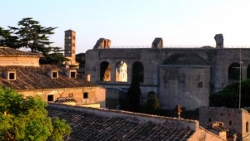 Basilica di Massenzia da via del Colosseo