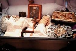 Saintes Reliques de l'Archevêque Jean Maximovitch