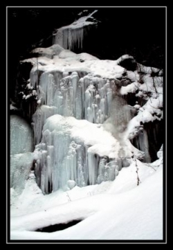 cascade_glace.jpg