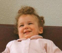 Tout sourire