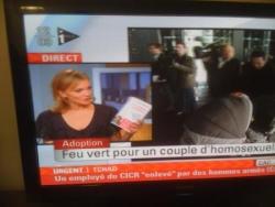 Maya Lauqué présentant les VdL sur I-télé le 10 no